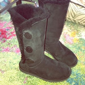 Ugg Women's Boots Bailey Button Size 7